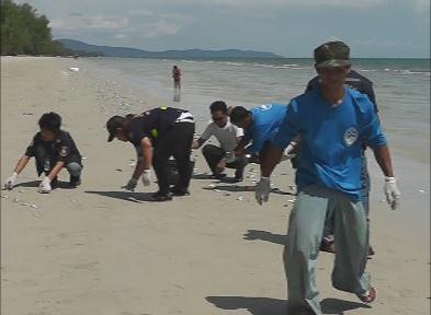 ปลาทูตาย หาดบานชื่น