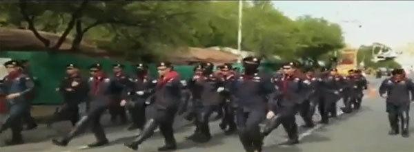 คลิปตำรวจควบคุมฝูงชน