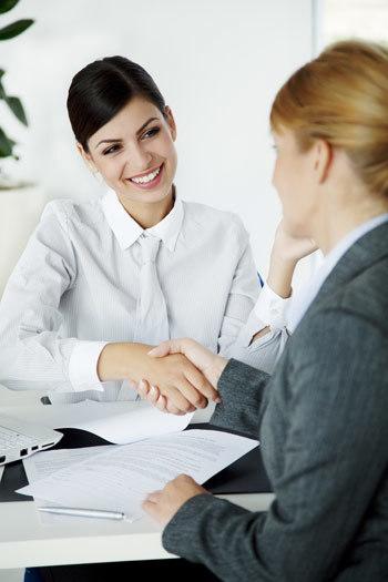 แนะนำตัวภาษาอังกฤษอย่างไร เมื่อไปสัมภาษณ์งาน